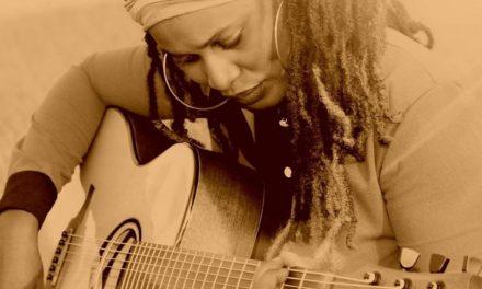 Entretien avec «la Reine de la guitare» ASHLEY